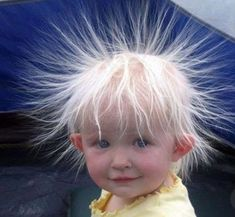 Static Hair Kid - Cute Kids Pictures on We Heart It Funny Videos, Funny Babies, Cute Babies, Funny Boy, Funny Happy, Justin Bieber Jokes, Static Hair, Static Shock, Funny Quotes For Kids