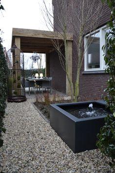 Eigen Huis en Tuin | Praxis. Een strakke look in de tuin.