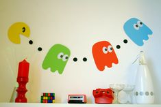 Pacman bunting, ideal for birthdays, anniversaries and fancy dress 80s parties