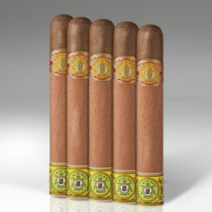 New Online Cigar Deal: El Rey del Mundo Cigar 5-Packs Rothschilde  5 x 50 – $21.8 added to our Online Cigar Shop https://cigarshopexpress.com/online-cigar-shop/cigars/cigar-5-packs/el-rey-del-mundo-cigar-5-packs-rothschilde-5-x-50-2/ The popular El Rey del Mundo Rothschilde is a classic earthy Cuban-style smoke from by the same folks who make Hoyo de Monterrey and Punch. Aged for one full year, each cigar is ...