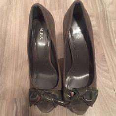 Grey Suede Peep Toe Pump-Size 7 Grey Suede Peep Toe Pump-Size 7, Brand: MPS Shoes Heels