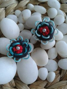 Latoupi turquoise flowers