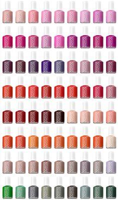 esmalte de uñas: azul, violeta, plata, oro o beige.