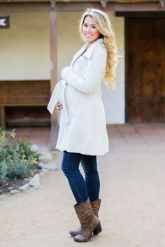 Channel Your Inner Blake Lively With 18 Chic Maternity Coats via Brit + Co.