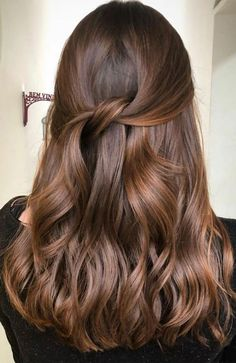 44 The Best Hair Colour Ideas For A Change-Up This Year, Gorgeous Balayage Hair . - - 44 The Best Hair Colour Ideas For A Change-Up This Year, Gorgeous Balayage Hair Color Ideas - Blonde ombre hair, Balayage Highlights,Beachy balayage h. Brown Hair Shades, Brown Ombre Hair, Brown Hair Balayage, Brown Hair With Highlights, Brown Blonde Hair, Ombre Hair Color, Light Brown Hair, Hair Color Balayage, Cool Hair Color
