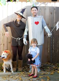 family halloween costume with dog zoo keepers or safari holiday