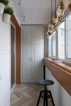 How to Decorate Long Narrow Balconies? - Unique Balcony & Garden Decoration and Easy DIY Ideas How to Decorate Long Narrow Balconies? - Unique Balcony & Garden Decoration and Easy DIY Ideas Narrow Balcony, Modern Balcony, Small Balcony Design, Small Balcony Decor, Interior Balcony, Small Apartment Interior, Balcony Furniture, Home Room Design, Home Office Design