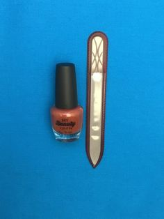Fall Trellis Engraved Medium Gl Nail File And Leaves Polish
