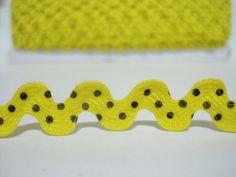 5 yards Yellow Polka Dot Rick Rack Trim Ric Rac Rick by ichimylove