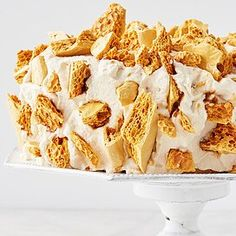 Coffee Crunch Cake Recipe, Crunch Recipe, Lemon Mousse Cake, Seven Minute Frosting, Thing 1, Cake Cover, Round Cake Pans, Serving Platters, Cake Recipes