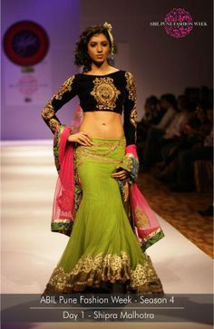the beautiful collection by Shipra Malhotra on the Day 1 of ABIL Pune Fashion Week Season Pune, Season 4, Ready To Wear, Fashion Show, Sari, How To Wear, Beautiful, Collection, Saree