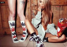 Weed sock by huf Hufworldwide is fire Check this website http://casquettehuf.blogspot.com/  #hufworldwide #plantlife #huf #waitwhat
