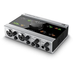 Native Instruments Komplete Audio 6 Native Instruments http://www.amazon.com/dp/B004YPRPJ6/ref=cm_sw_r_pi_dp_n8Mcub16S9YP9