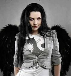 Looks like Amy Lee...