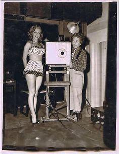 """Marilyn y Harpo durante el rodaje de """"Amor en conserva"""", 1949"""