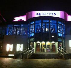 Princess Theatre and Breezes Cafe, Torquay