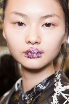 Preen by Thornton Bregazzi | Spring 2017 Backstage Beauty | THE IMPRESSION