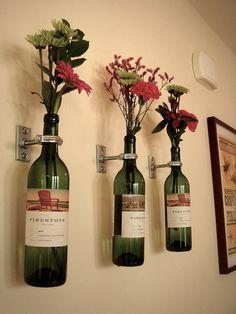 DIY: Wine bottle vases