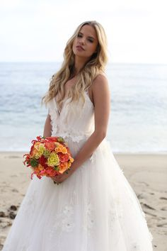 Siren Song: A Sun-Inspired Bouquet | Bridal and Wedding Planning Resource for California Weddings | California Bride Magazine
