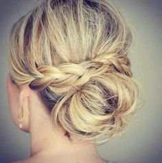 Share Tweet + 1 Mail Sie suchen die perfekte Hochzeit Frisuren? Prüfen Sie es hier!  Ob flicht, Wellen, ein updo, eine halbe updo ...