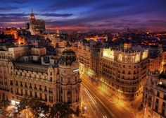 Madrid, Spain- Been here and to many cities in spain, want to go back! Next time Barcelona! Vacation Destinations, Dream Vacations, Vacation Spots, Oh The Places You'll Go, Places To Travel, Places To Visit, Foto Madrid, Madrid City, Voyager Loin
