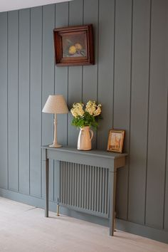 BritishStyleUK: 6 Things You Can Do To Hide Ugly Radiators - Dekoration Ideen 2019 Radiator Shelf, Painted Radiator, Hallway Decorating, Entryway Decor, Entryway Lighting, Hall Lighting, Lighting Stores, Modern Entryway, Modern Radiator Cover