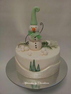 Frosty - by Alpha @ CakesDecor.com - cake decorating website