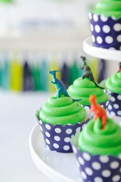 Green birthday cupcakes with dinosaur cake toppers. Party inspiration for kids who love dinosaurs! Dinosaur Cupcakes, Dinosaur Cake Toppers, Dinosaur Party Favors, Dinosaur Birthday Party, 3rd Birthday Parties, 2nd Birthday, Birthday Ideas, Boy Birthday Cupcakes, Cupcakes Kids
