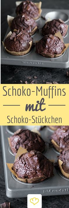 Double-Chocolate Muffins For those who just can not be chocolatey enough! The post Chocolate Alert Super Juicy Double Chocolate Muffins appeared first on Dessert Park. Muffins Double Chocolat, Double Chocolate Muffins, Food Cakes, Cup Cakes, Torte Au Chocolat, No Bake Desserts, Dessert Recipes, Paleo Dessert, Cupcake Recipes