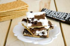 It's a good thing we're watching what we eat because I would make these right now.   Graham Cracker S'mores Candy