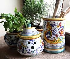 Tuscan Pottery | love italian ceramics and in fact have collected pieces from sicily ...