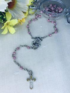 Rosario de la Virgen del Rocío. Materiales: acero. 3,99€ #virgendelrocio #souvenirs #rosario #rosarios #regalos Jewelry, Hand Fans, Rosaries, Steel, Souvenirs, Presents, Jewlery, Jewerly, Schmuck