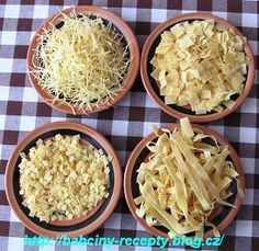 Nudlové těsto v domácí pekárně Pasta Recipes, Frozen, Food And Drink, Menu, Soup, Rice, Pizza, Treats, Homemade