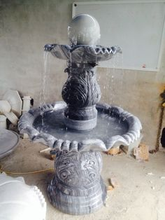 Fountain in black marble.  Pls contact danang.marble@gmail.com or danangmarble.com.vn for order or more information.