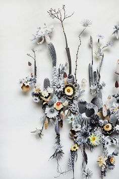 flower construction / anne ten donkelaar.