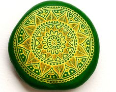 Hand Painted Stone Mandala with Christmas by ISassiDellAdriatico