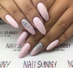 Examples Of Beautiful Long Nails To Inspire You – lange nagels Long Nail Designs, Nail Designs Spring, Nail Swag, Nail Manicure, Gel Nails, Manicure Ideas, Coffin Nails, Acrylic Nails, New Nail Colors