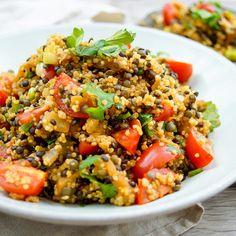 Linsen Quinoa Salat mit A. Veggie Recipes, Low Carb Recipes, Salad Recipes, Healthy Recipes, Lentils And Quinoa, Quinoa Salat, Salat Bowl, One Pot Pasta, Eggplant Recipes