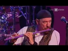 Jethro Tull: Bourée - AVO Session 2008, Basel - Wonderful to hear, Ian Anderson is still brilliant.
