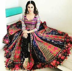Multi colored cotton dupattas for anarkali kurti Garba Dress, Navratri Dress, Lehnga Dress, Choli Designs, Lehenga Designs, Indian Attire, Indian Outfits, Indian Wear, Dandiya Dress