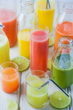 5 all natural fruit juice recipes - the blends sound amazing!! #juicing #fruitjuice