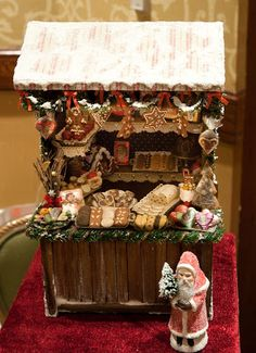 Good Sam Showcase of Miniatures: At the Show - Holiday Decor