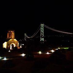 Instagram【decosworker】さんの写真をピンしています。 《2017.01.31 23:00 いよいよ1月が終わる。 明日から2月だ。 『人のために自分がやりたい事に集中する。』 これが今年の僕の人生軸となる。  そんな思いを明石の夜景と共に馳せてみた。  #年男 #月一淡路島  #明石海峡大橋 #夜景 #Night view #思った以上に神戸も寒い #独り身も寒い #誰かに温めてほしいものだ》