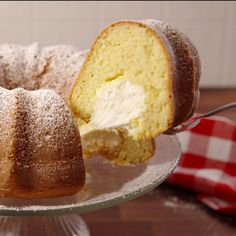 This easy lemon bundt cake recipe is made without yellow cake mix. This homemade lemon bundt is light and moist with fresh lemon flavor. It makes a great easy Easter dessert, or spring and summer desert. Cake Mix Recipes, Pound Cake Recipes, Baking Recipes, Dessert Recipes, Meal Recipes, Peanut Butter Pound Cake Recipe, Cake Filling Recipes, Quick Dessert, Fruit Dessert