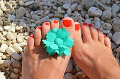 How can you treat a mild ingrown toenail at home?  http://www.palmbeachpodiatry.com/blog/ingrown-toenail-treatments-fort-pierce-foot-doctor.cfm
