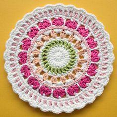 summer hearts mandala pattern & CAL!