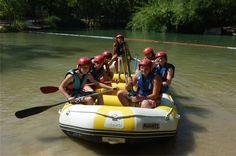 Rafting Empresas Campamentos, entra para mas informaciones en http://turiaventura.es/campamentos/empresas-campamentos