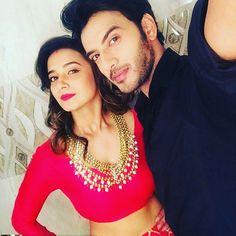 #VividhaAtharva #VikramSinghChauhan  @shivani_surve @vikramsingh_chauhan Shivani Tomar, Shivani Surve, Tv Actors, Actors & Actresses, Baby Selfie, He Jin, Couple Posing, Couple Photos, Cute Baby Wallpaper