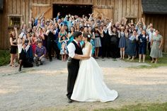 Wedding photo ideas - take a photo with your guests