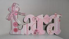Nome decorado em MDF e Scrap personalizado para decoração de quarto, porta maternidade, festas... Tema e cores a sua escolha R$40,00